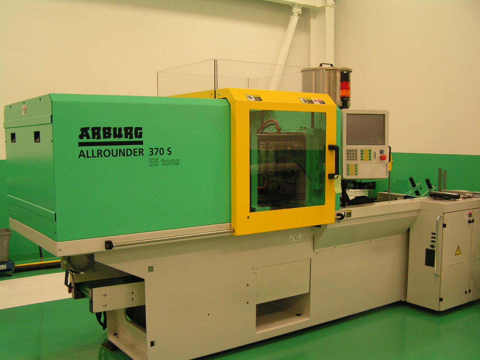 Holbrook Tool & Molding Injection Molding Department